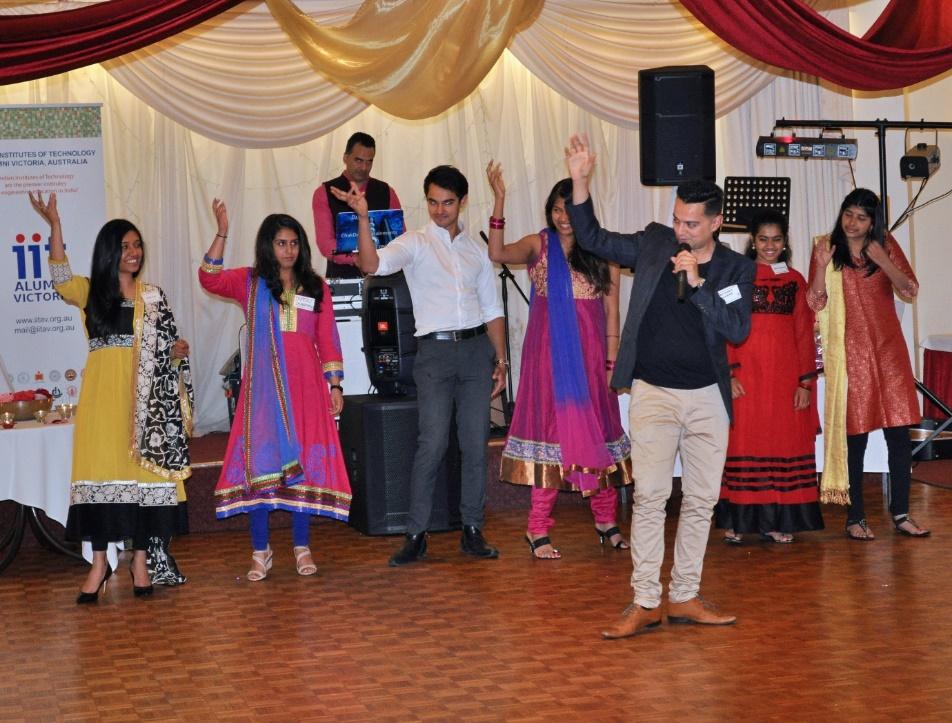 IITAV_Diwali_Event_Photo2.jpg